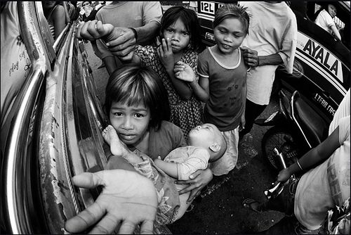 "Despite 'rising star"" label, Ph poverty incidence remains high"